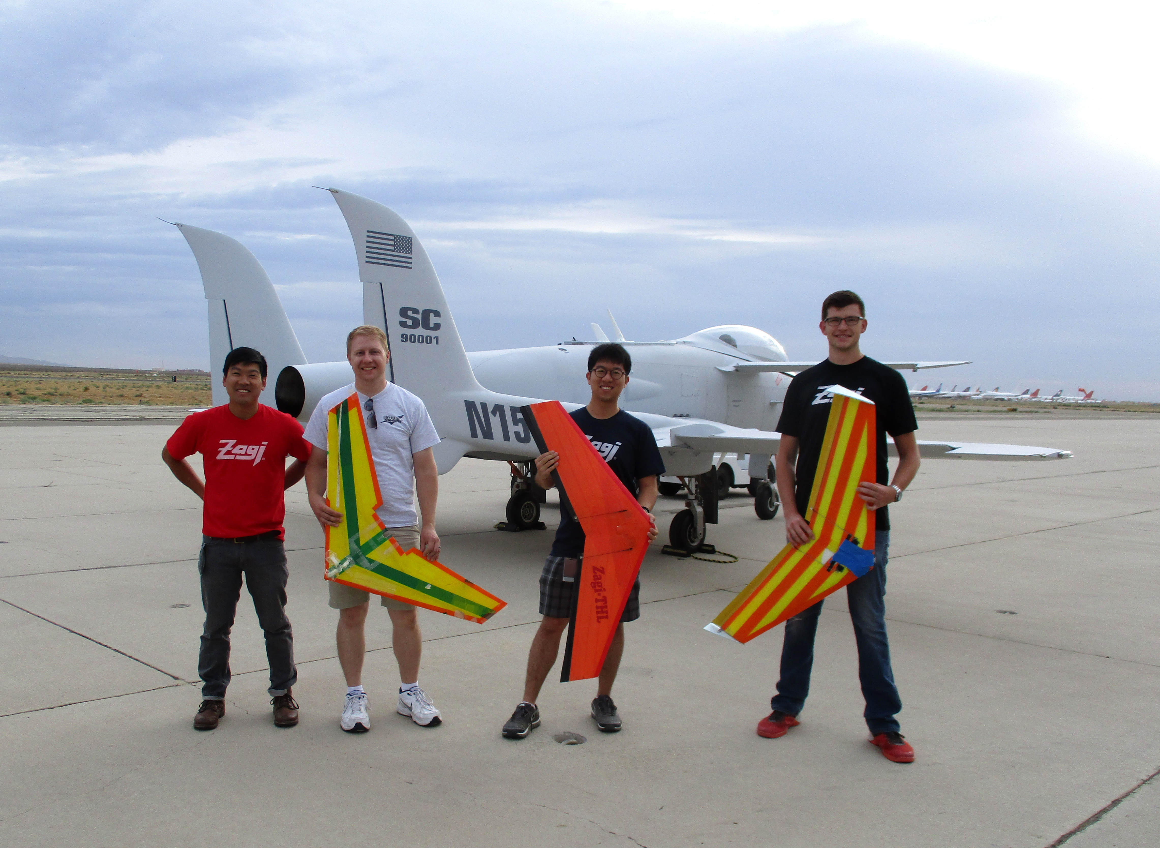 Scaled Composites flies Zagi!